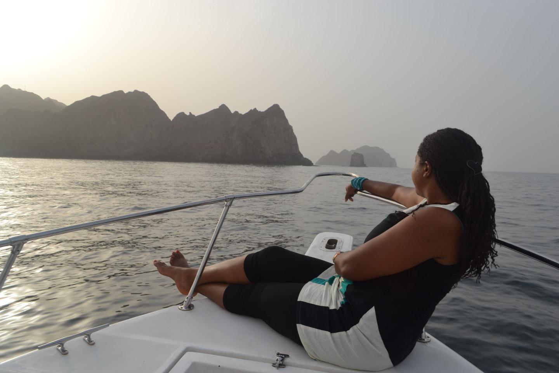 Bday cruising the Arabian Seas in Muscat + Shangri-la dinner!