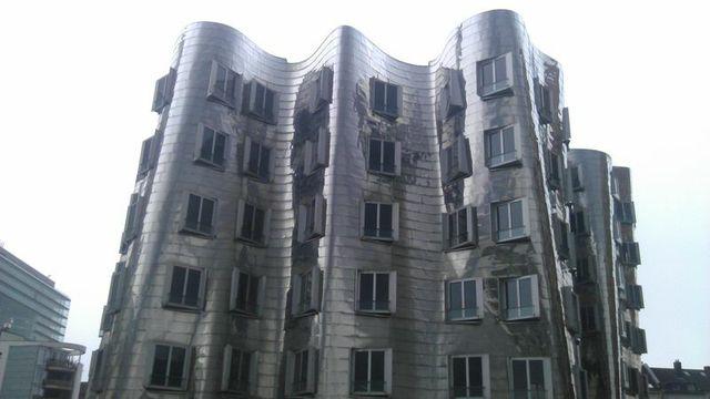 Dusseldorf 25
