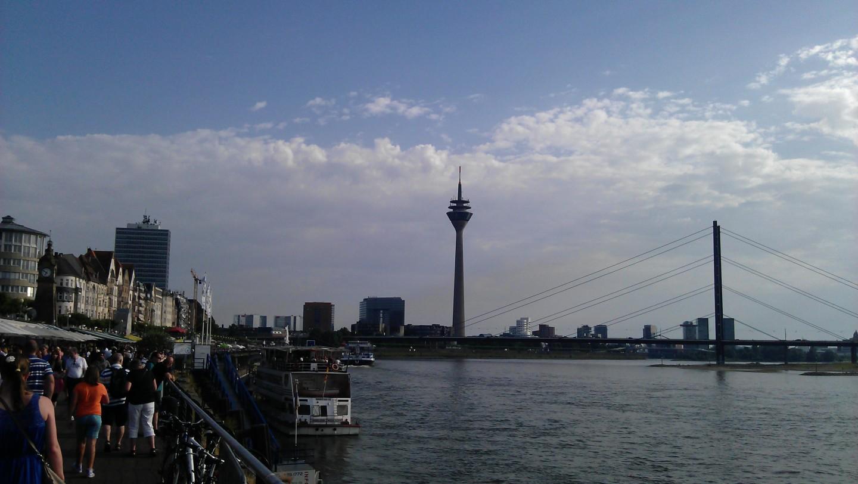 Dusseldorf skyline.