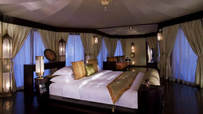 28114362-H1-BTAEAW_VR_0912_AlKhaimahlVilla-Bedroom_IMG001